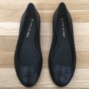 Black cap toe flats Shoes of Prey 7.5 ww